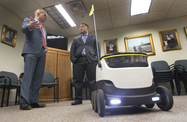 Rolling robots could soon be making deliveries in Virginia | Tampa Bay Times